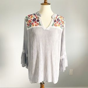 Signature Studio Tops - Signature Studio Embroidered Tunic Blouse XL